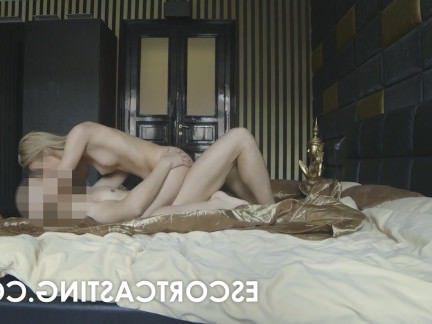 Порно с Аналом Русская проститутка ублажает пожилого клиента попочкой секс видео бесплатно