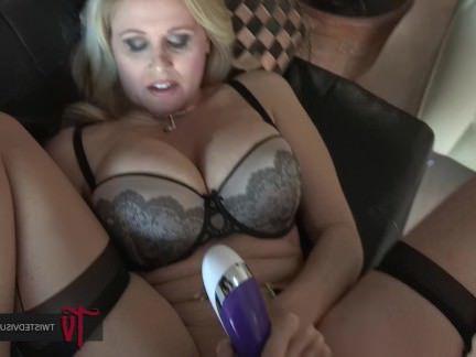 Анальная Ебля Известная порно звезда имеет в анал страпоном грудастую подружку секс видео бесплатно