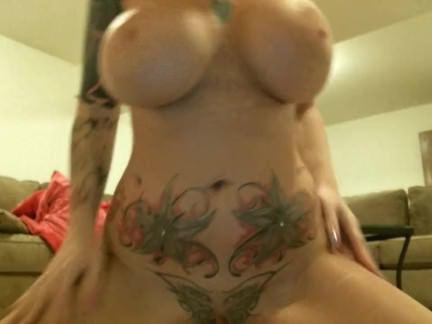Анальный Трах Первоклассная грудастая мильфа полирует письку и суёт самотык в жопень секс видео бесплатно