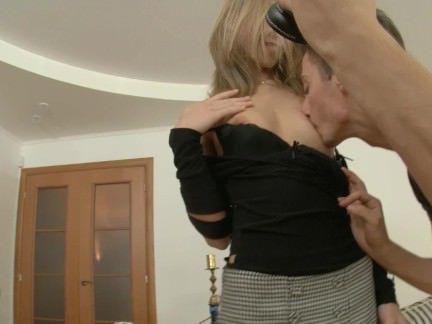 Ебля в Анал Вылизав анал своей подружки парнишка влупил ей свой хуй за щеку секс видео бесплатно