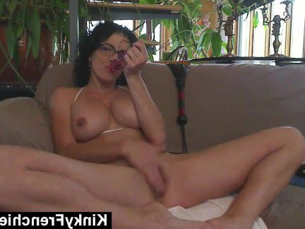 Ебля в Анал Французская мамзель ласкает пипиську и коченарит анал вибратором секс видео бесплатно