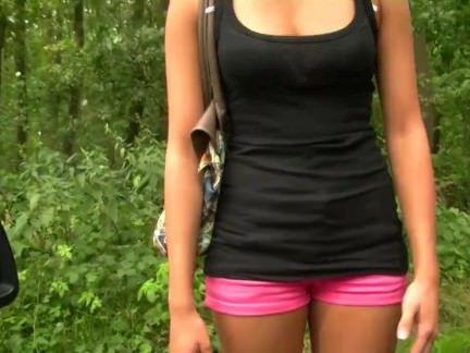 Трах в Анал Чувак отфакал в анальную дыру незнакомку в лесочке секс видео бесплатно