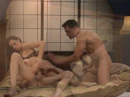 Порно Анал Грудастую порно звезду Chanel Preston жахают в сраку двое парней секс видео бесплатно