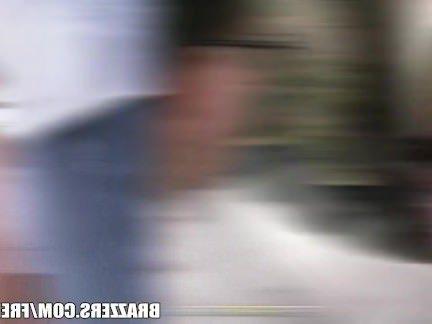 Анал Порно Ботан не выдержал издёвок грудастой шлюшки и заехав в лес трахнул её в попец секс видео бесплатно