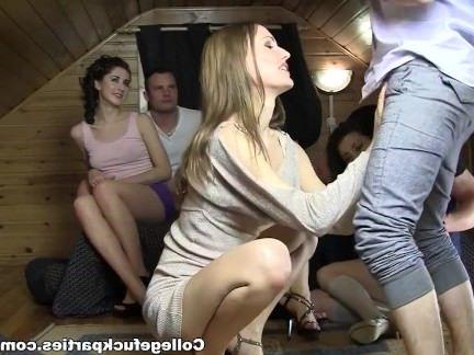 Порно с Аналом Игра на желания закончилась безумной групповухой с анальным сексом секс видео бесплатно
