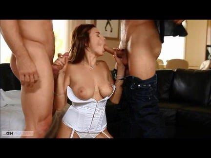 Анал Порно Мужики дуплят в два пениса анальную дырку и вагину сучки секс видео бесплатно